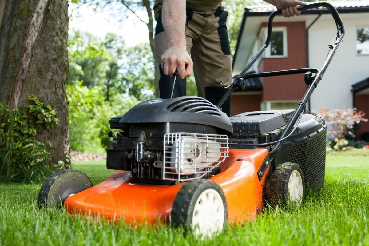 How to replace lawnmower cord